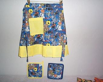 new  HALLOWEEN apron  colorful  with  ruffle-handmade free potholders~