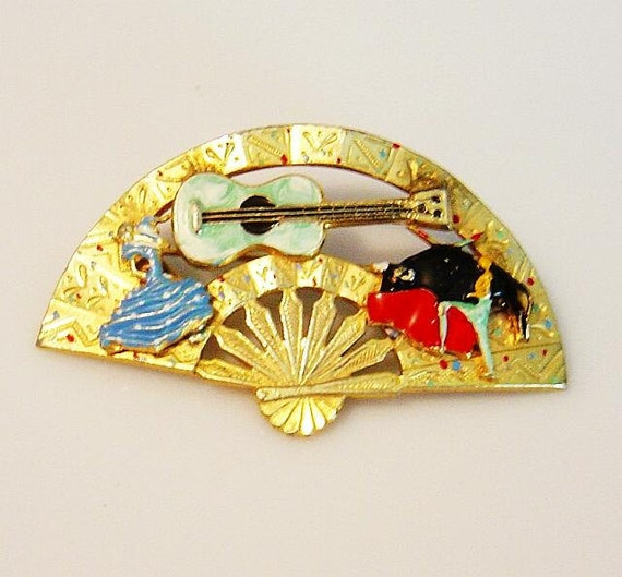 Vintage Spanish bull fighter Fan Pin