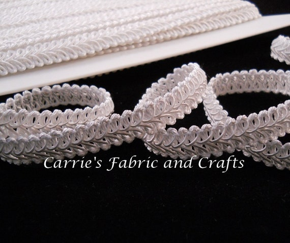 90 cents per yard --3 yards White Braided Gimp Trim -- 1/2 inch wide -- great for wipes cases