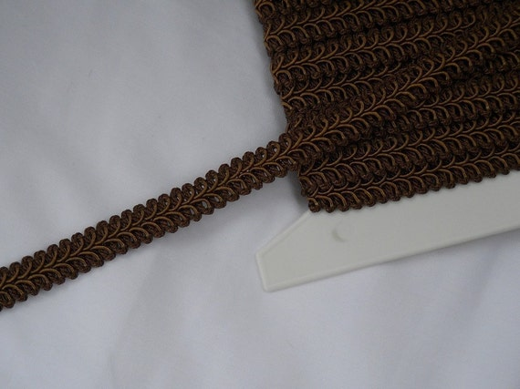 90 cents/yard -- New Brown  Braided Gimp Trim -- Home Decor Quality and Weight -- 3 yards -- 1/2 inch wide