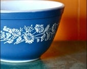 RESERVED SALE Vintage Pyrex Colonial Mist 401 Mixing Bowl