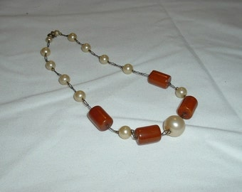 Vintage Butterscotch and Pearl Necklace