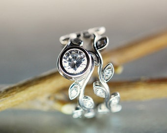 Leaf wedding engagement ring set. White Sapphire ring. 14k white gold leaf ring set. Vine diamond rings.  Unique leaf engagement ring.