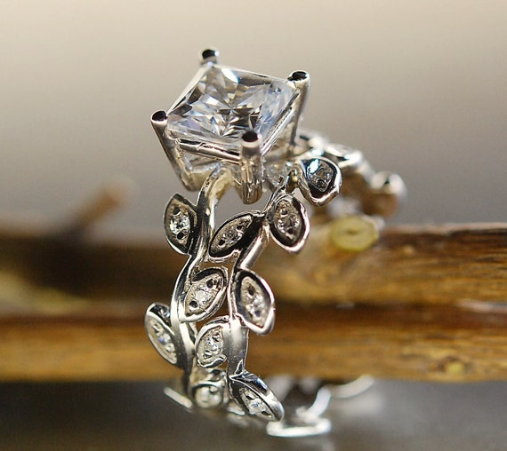 Princess cut moissanite leaf ring. Leaf engagement ring set. 14k gold wedding set. Princess cut moissanite vine ring.  Diamonds leaf ring .