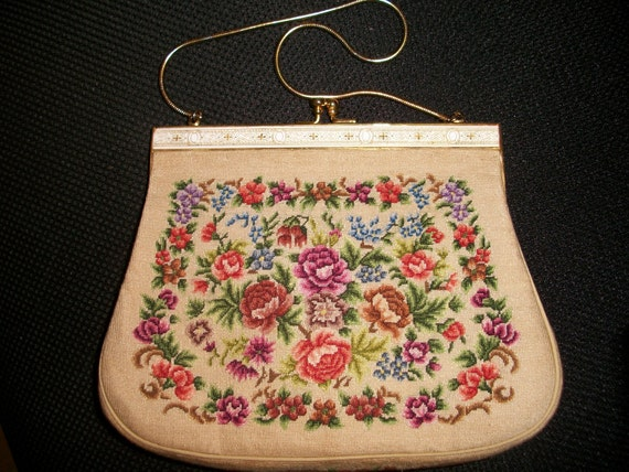 Reserved for Choi ))))  Vintage Tapestry Purse - Like New Condition - 1950's - Hong Kong (Reduced )