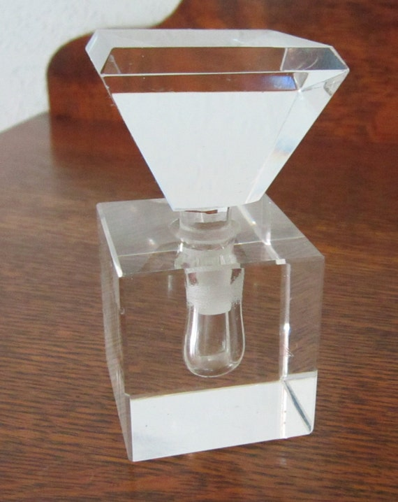 Vintage (Art Deco style)  Crystal Perfume Bottle  (Germany) - Gorgeous 1940-1950's Excellant