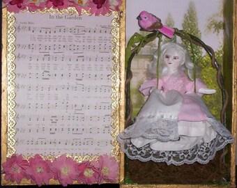 Lisbeth Primitive Queen Anne Doll Miniature With Custom Garden Display Box