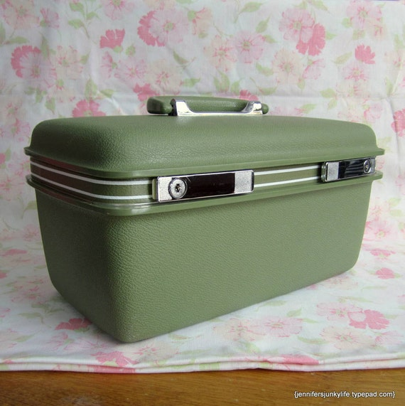 Olive Green Samsonite Concord Train Case
