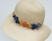 Vintage 1920s White Wide Brim Panama Flapper Womans Cloche Hat