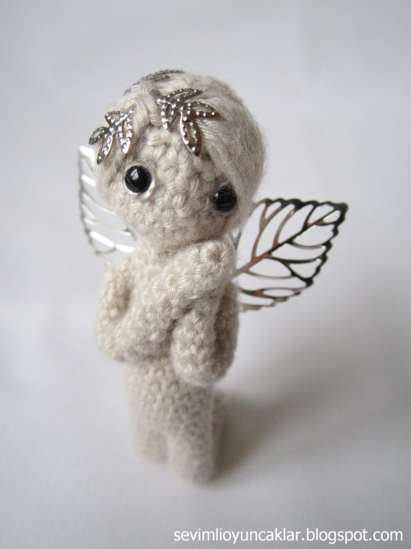 Amigurumi 2.7 inc Miniature Angel Pattern