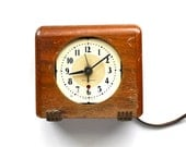 Time For Mad Men - Vintage Seth Thomas Wood Mid Century Desk Clock