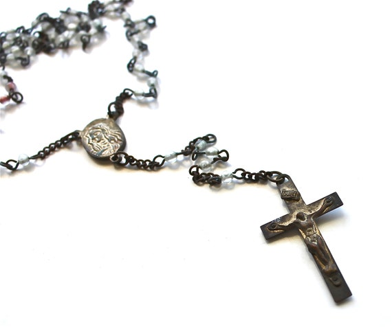 Keep On Praying - Vintage Rosary