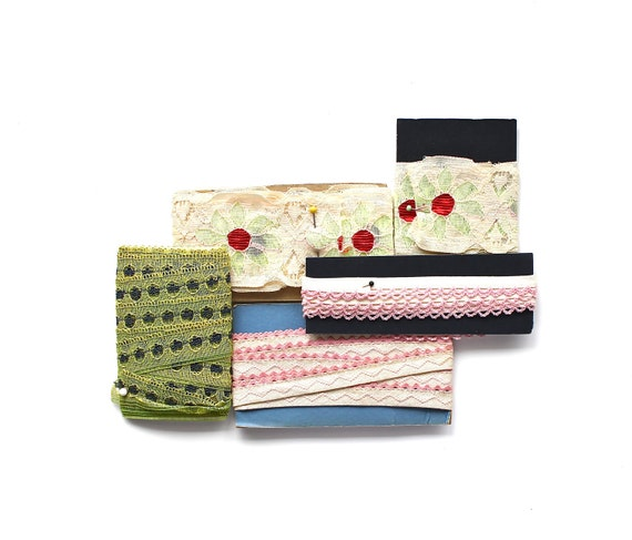 The Summer Trims - Vintage Sewing Trims
