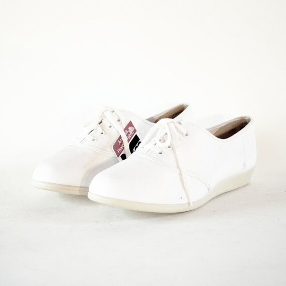 Shoes Size 8.5. NOS W Tags 80s Outdorables White Canvas Keds Style Skimmers Flats W Mini Wedge Heel.