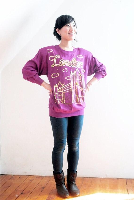 LONDON BRIDGES. 80s NOS W Tags Cloudy London In Gold Sequins Magenta Batwing Sweatshirt.