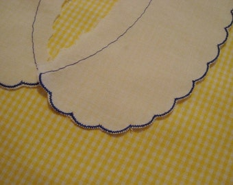 New old stock Cotton scalloped collar