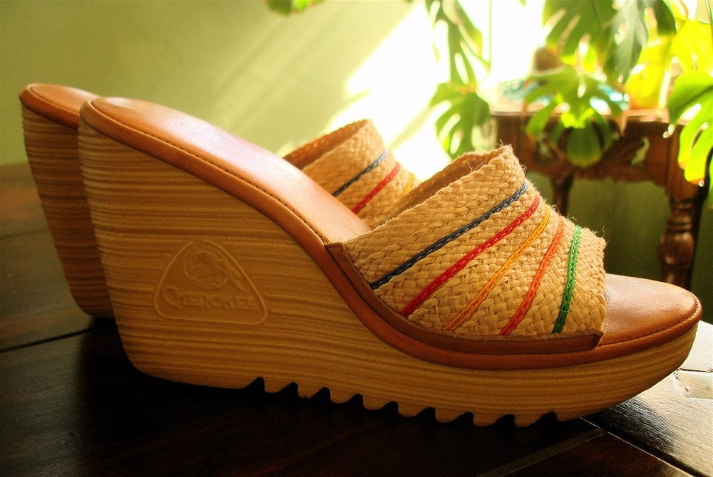 Vintage Cherokee Wedge Sandals Size 8 Rainbow Weave 70 S