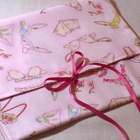 Lingerie Bag for travel or storage, pink, laundry, Frilly Undies