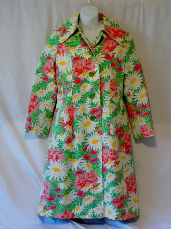 Adorable Vintage 60's 70's Mod Spring Daisy Flowers Trench Coat-Alligator Co. S/M