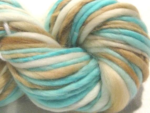 handspun yarn Robin's Nest thick and thin bulky singles merino yarn, 47 yards, hand dyed merino wool top