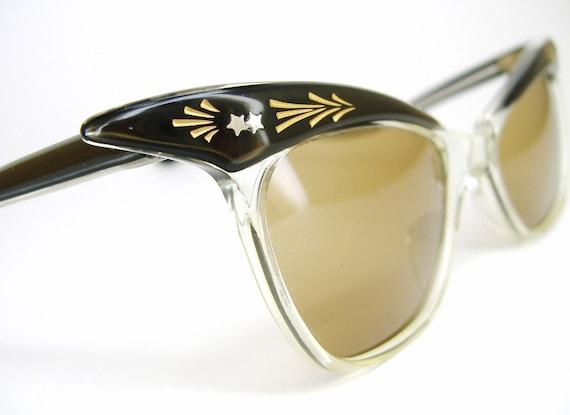 Vintage 50s Brown Winged Cat Eye Sunglasses Eyewear NOS