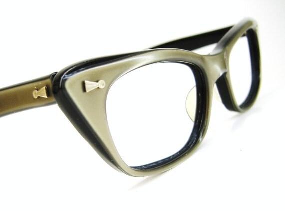 Vintage 50s Beige Cat Eye Eyeglasses Frame