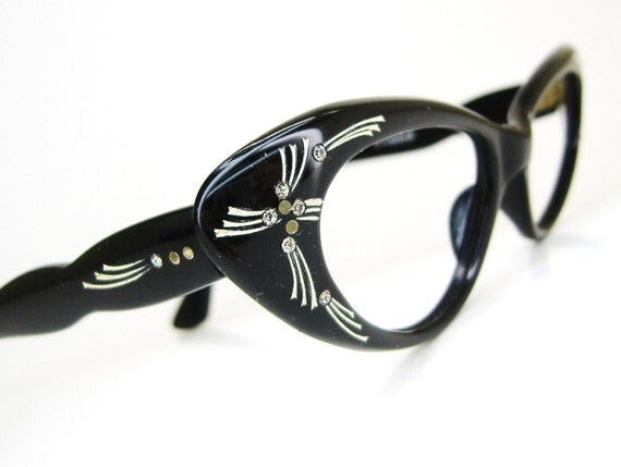 Vintage Star Burst 1950s Cat Eye Eyeglasses or Sunglasses