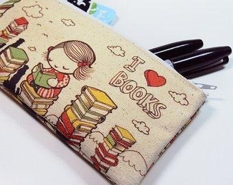 Small I Love Books Zipper Pouch