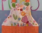 BLOOMS AND BUDS CRAFT APRON