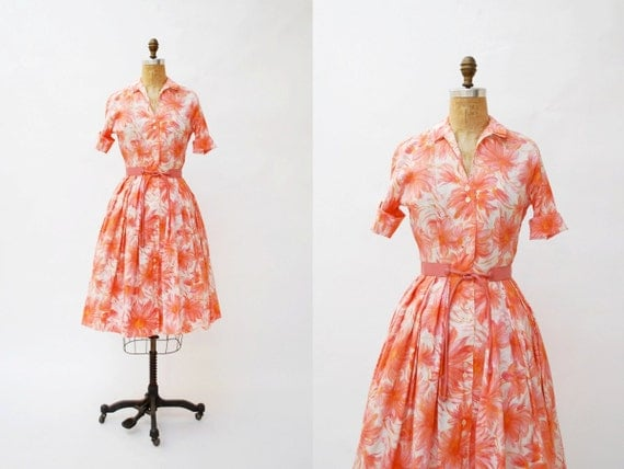 vintage 1950s dress. floral shirtwaist dress. small