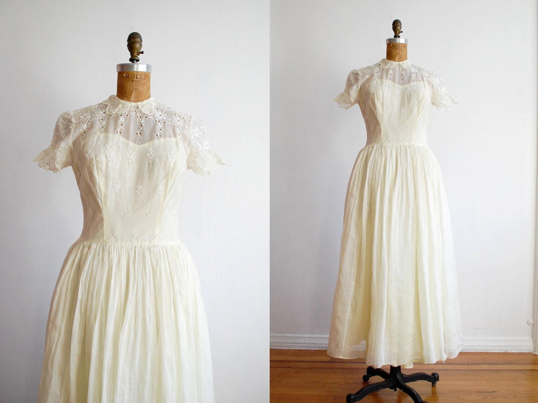 vintage 1940s dress wedding dress eyelet lace cotton voile