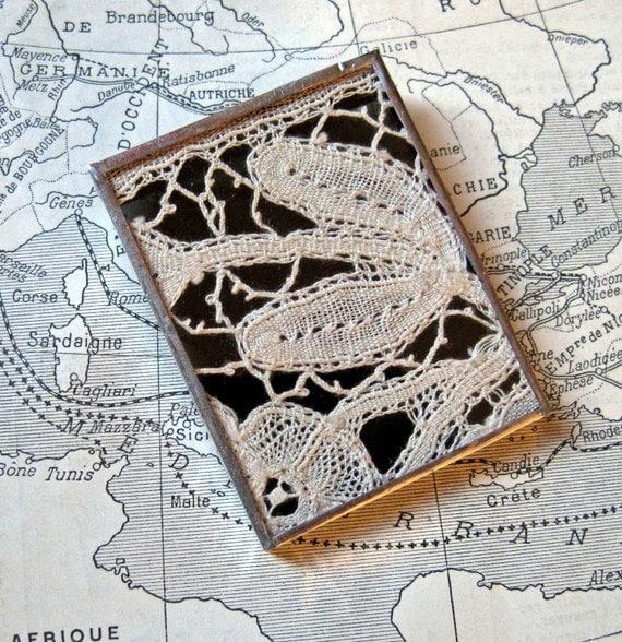 Lace Pin Brooch