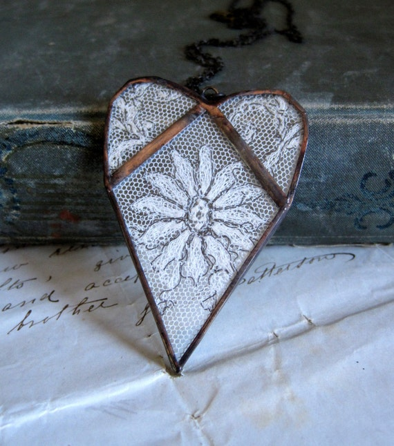 Flower  Lace Heart Necklace