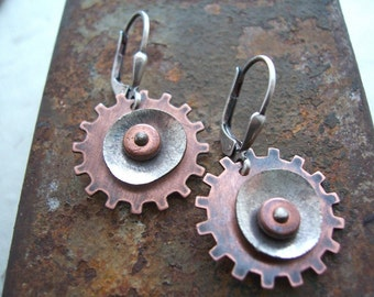 Gear Earrings, Steampunk  Earrings, Industrial Jewelry, Steampunk Jewelry