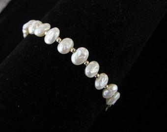 Delicate gold tone & seed pearl bead  vintage bracelet