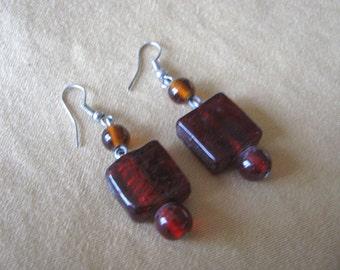 Amber brown geometric bead earrings for pierced ears