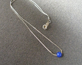 Napier vintage gold tone chain necklace with royal blue marbled bead