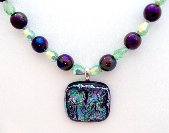 Stunning  Dichrois Pendant, carnival Glass Stone Necklace
