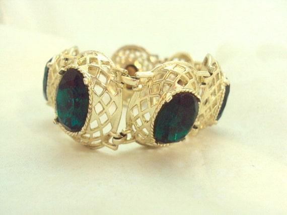 Wide Green Rhinestone Gold Tone Link Bracelet