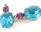 2 - 19x10mm  Vintage Glass Stones in 1 Ring Two-Stone Antique Brass Prong Settings - Fuchsia and Aqua .