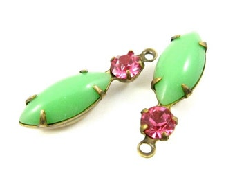 2 - Vintage Chaton and Navette Stones in 1 Ring 2 Stones Antique Brass Prong Settings - Rose Pink & Jadite - 23x7mm ..