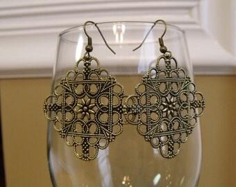 Antique Gold Tone Filigree Earrings