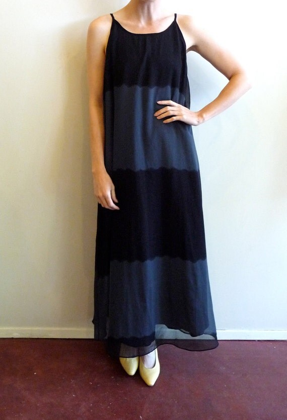 Blue and Black Gradient Wave Maxi Dress