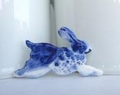 Handpainted Delft porcelain Brooch - Rabbit
