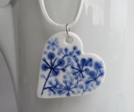 Heart - Hand formed and hand painted porcelain Delft necklace