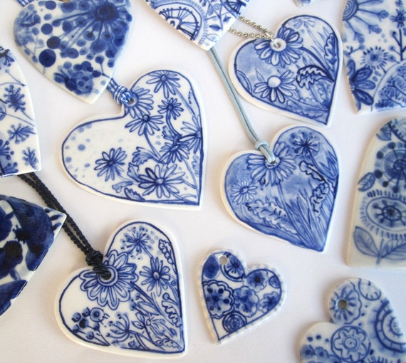 Heart - Blue and white Delft handpainted porcelain necklace