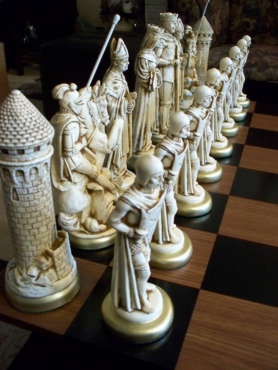 9 King Medieval Chess Set Antiqued Free