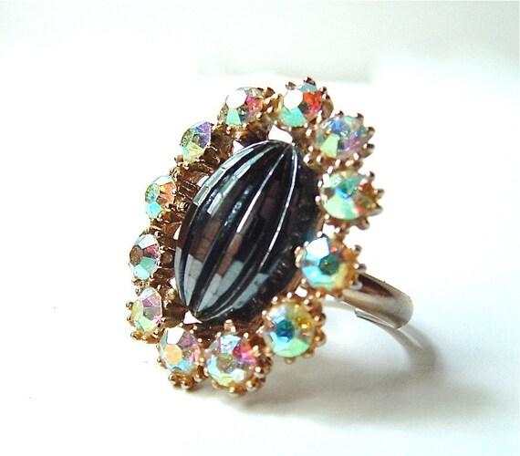 Rhinestone Cocktail Ring Vintage Jewelry Adjustable Black Glass Aurora Borealis Rhinestones
