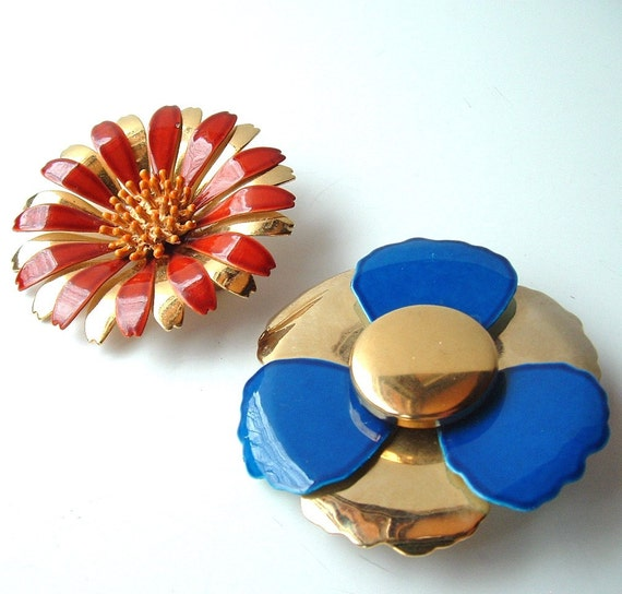SALE Two Enamel Flower Brooches Vintage Jewelry Lot Gold Metallic Royal Blue Cinnamon Brown Free Shipping USA