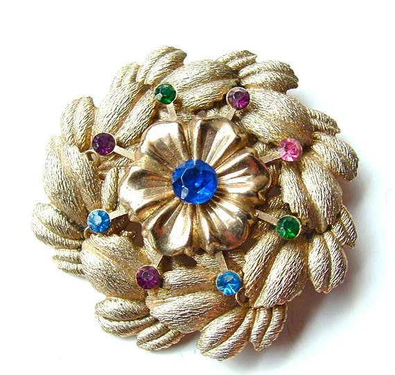 FREE US SHIPPING Rhinestone Rainbow Colorful Botanical Wreath Estate Pin